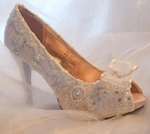 Love shoes our favourite wedding shoes envy events wedding 265510691g solutioingenieria Gallery