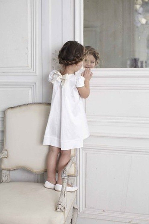 390bd287fcd If anyone was to steal the show from the bride it would be the flower girl s!  They are just so adorable all dolled up in their pretty dresses and when  they ...