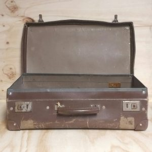 Vintage Card's Suitcase, Wedding Hire Auckland